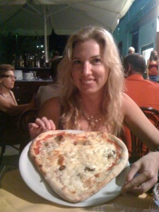 heart shaped pizza cefalu